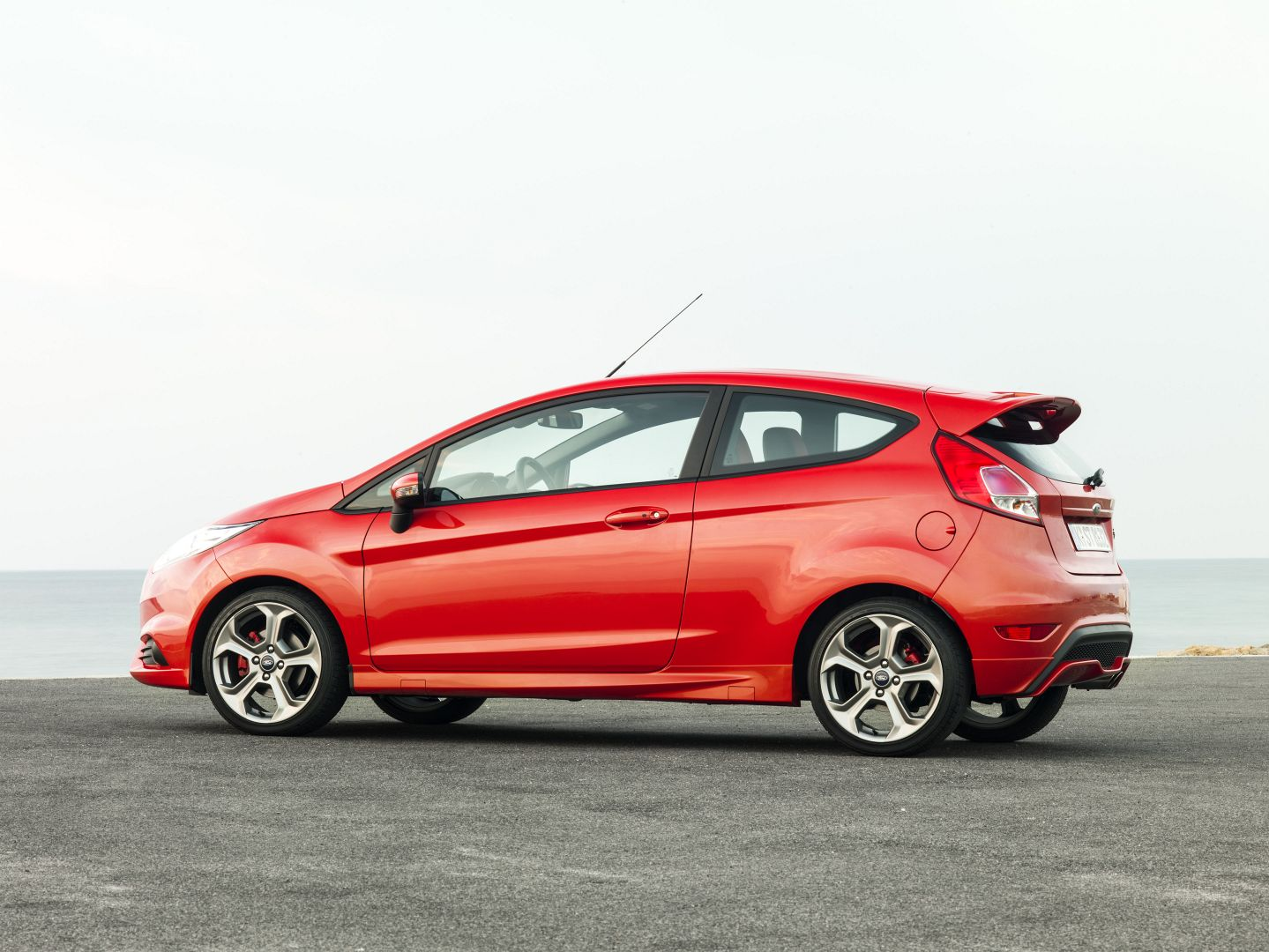 2014 ford fiesta st review autoevolution. Cars Review. Best American Auto & Cars Review