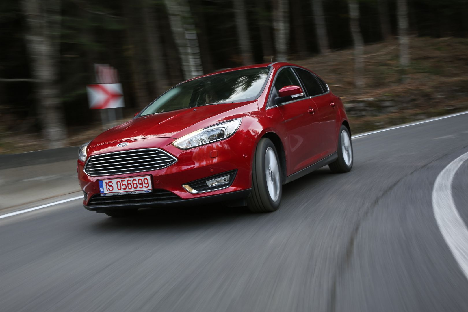 2015 Ford Focus Facelift Review Autoevolution