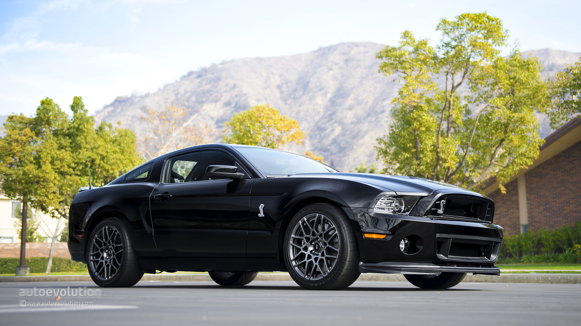 2014 ford mustang shelby gt500 review page 2 autoevolution. Cars Review. Best American Auto & Cars Review