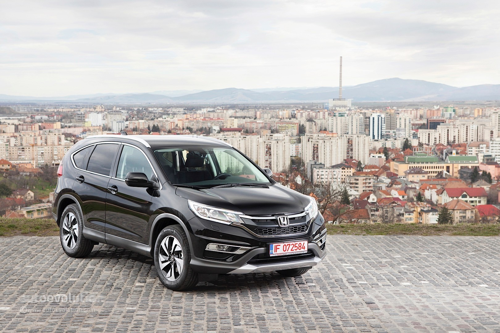 2015 HONDA CRV Review  autoevolution