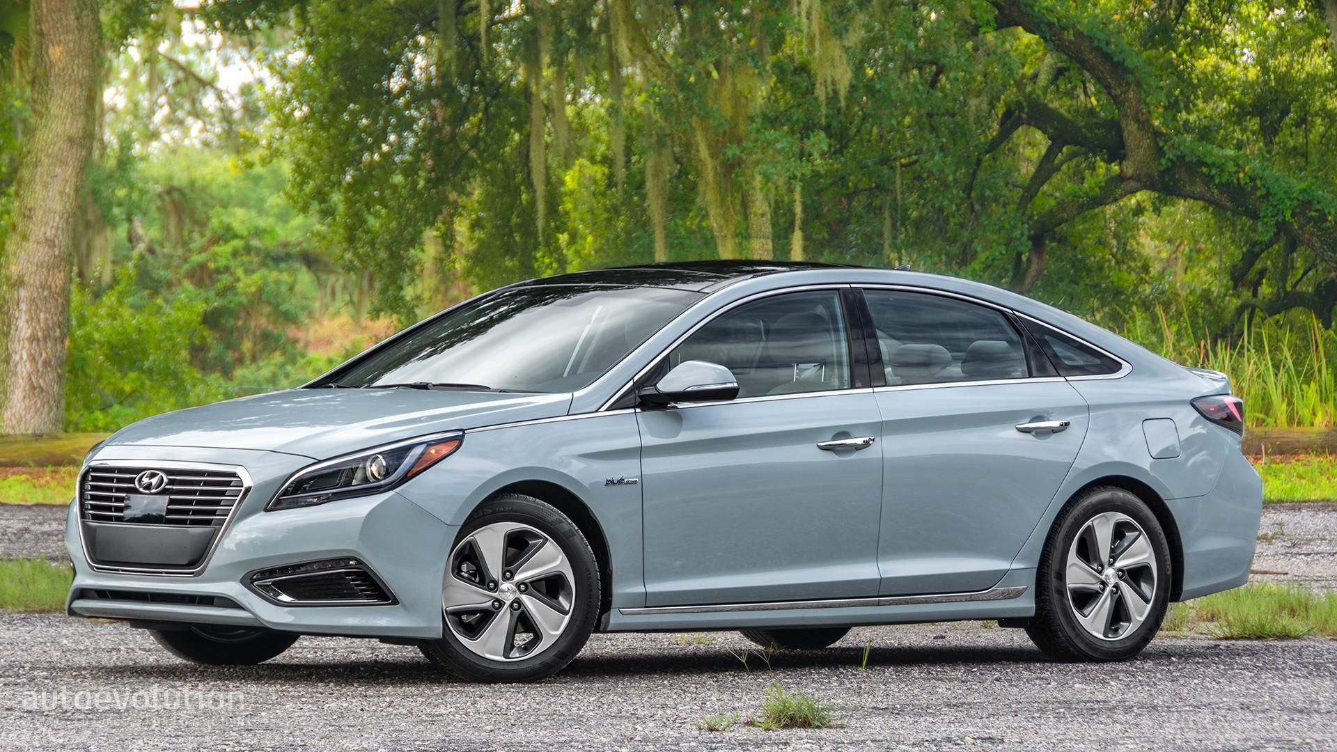 2017 Hyundai Sonata Hybrid >> 2016 HYUNDAI SONATA HYBRID Review - autoevolution