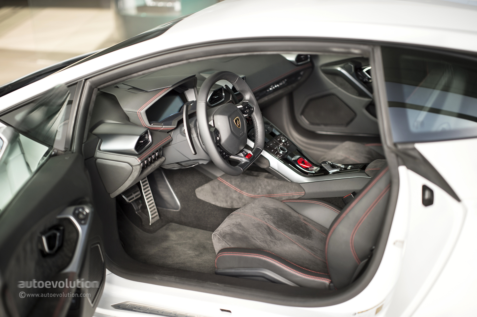 lamborghini huracan lp 610 4 review autoevolution - Lamborghini Huracan Orange Interior