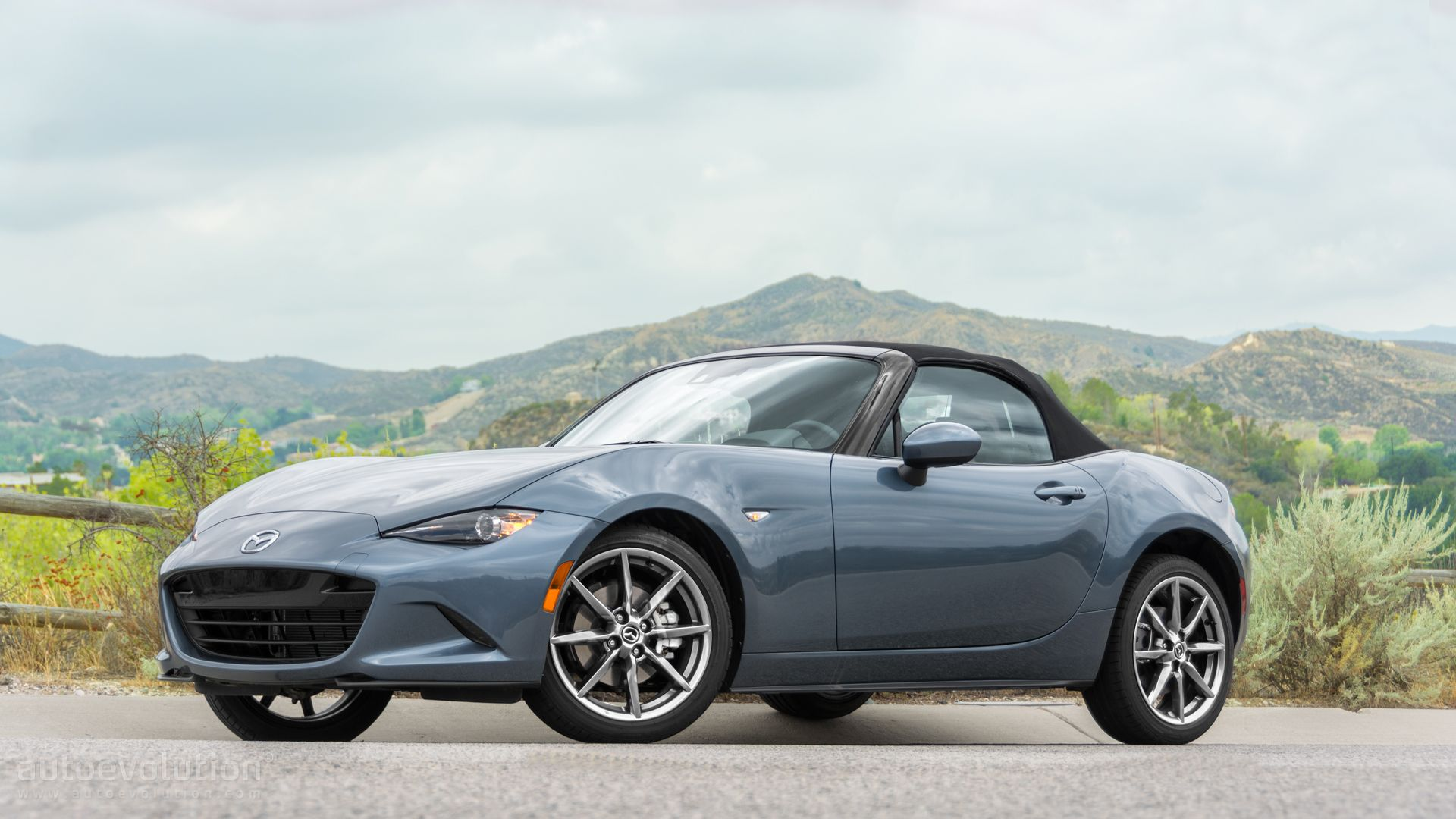 mazda mx 5 miata review 2015 1_23 2016 mazda mx 5 miata review autoevolution 2008 Mazda Miata Trim Packages at suagrazia.org