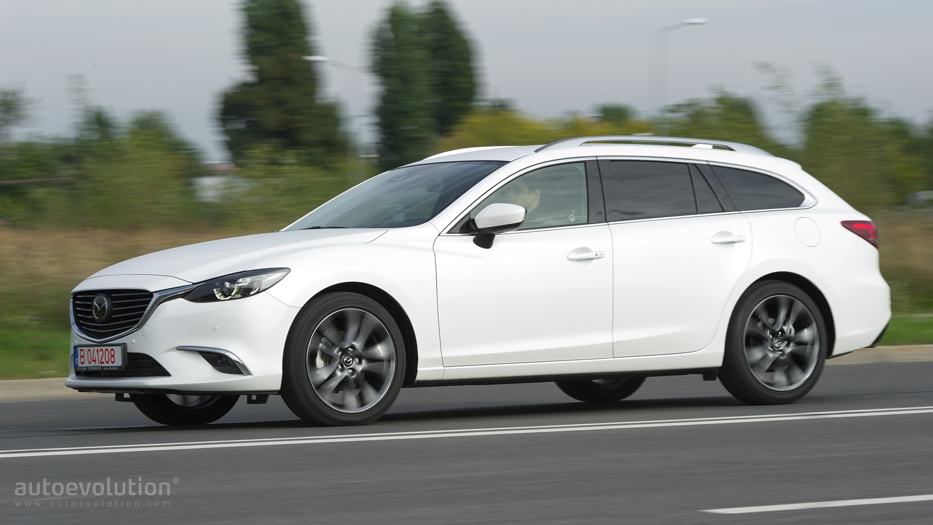 https://s1.cdn.autoevolution.com/images/testdrive/gallery/mazda6-wagon-22-skyactiv-d-review-2016_13.jpg