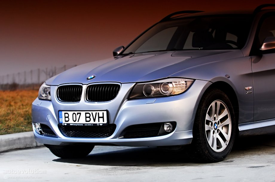 2010 bmw 320d touring xdrive automatic related infomation. Black Bedroom Furniture Sets. Home Design Ideas