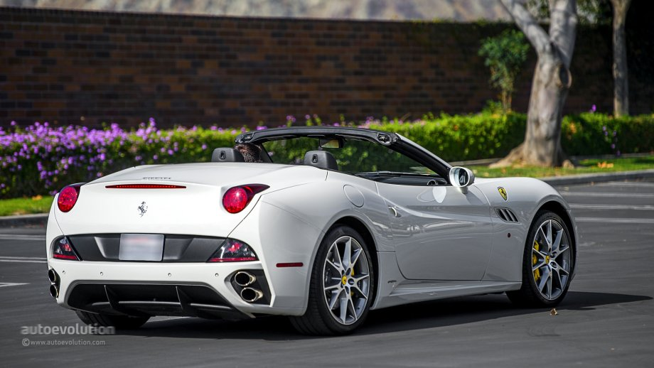 2014 Ferrari California Review 3