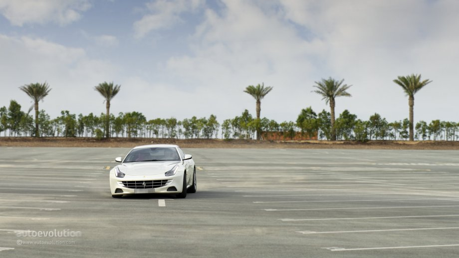 ferrari-ff-test-drive-2013-medium_80.jpg