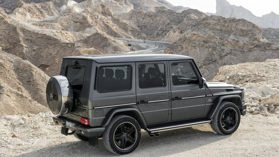 Mercedes benz g63 amg review autoevolution for Mercedes benz mountain view
