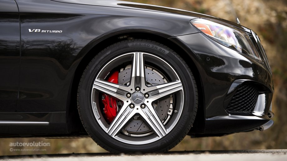 Mercedes benz s63 amg 4matic review autoevolution for Mercedes benz 20 inch wheels