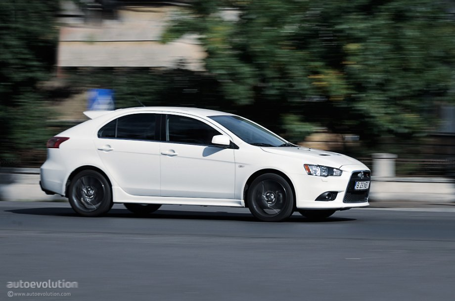Used 2013 Mitsubishi Lancer Pricing Features Edmunds