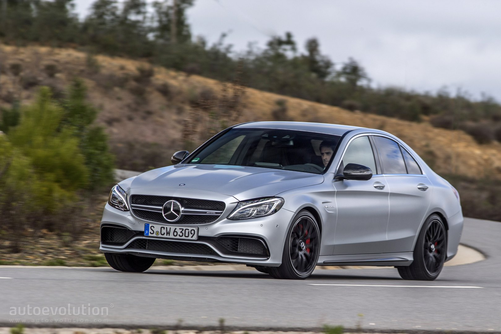2016 mercedes amg c63 review autoevolution. Black Bedroom Furniture Sets. Home Design Ideas