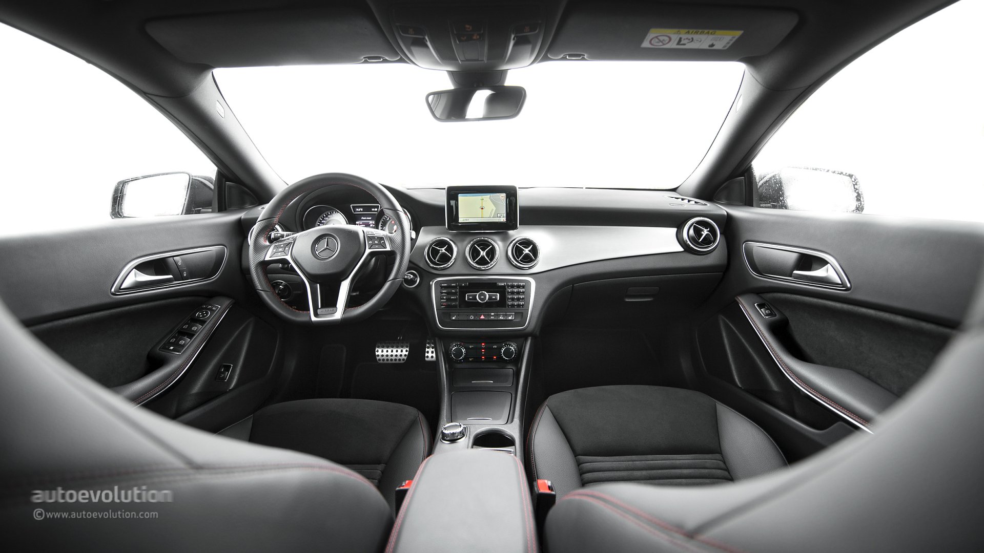 2014 Mercedes Cla Review Release Date Price And Specs