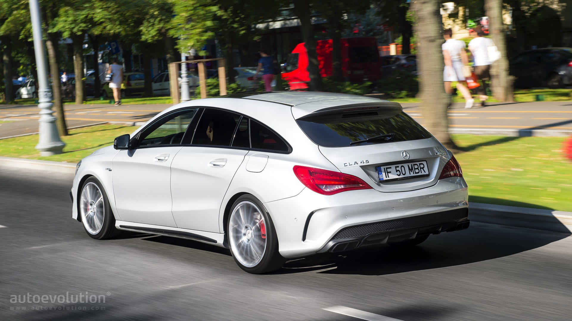 Cla Shooting Brake Review >> 2016 Mercedes-Benz CLA45 AMG Shooting Brake Review - autoevolution