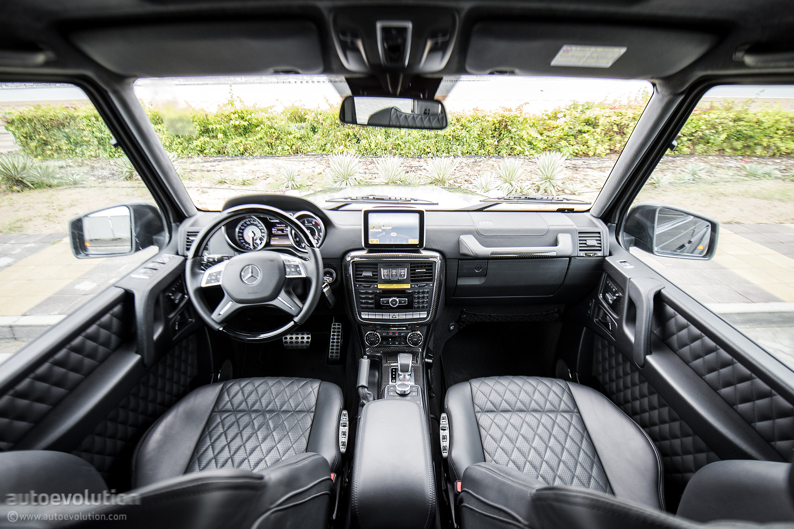 Mercedes g65 amg interior for Mercedes benz of arrowhead reviews