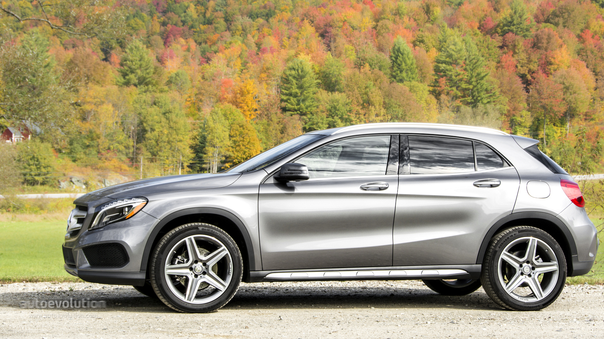 2015 mercedes benz gla250 4matic gla45 amg review for Mercedes benz gla 250 4matic