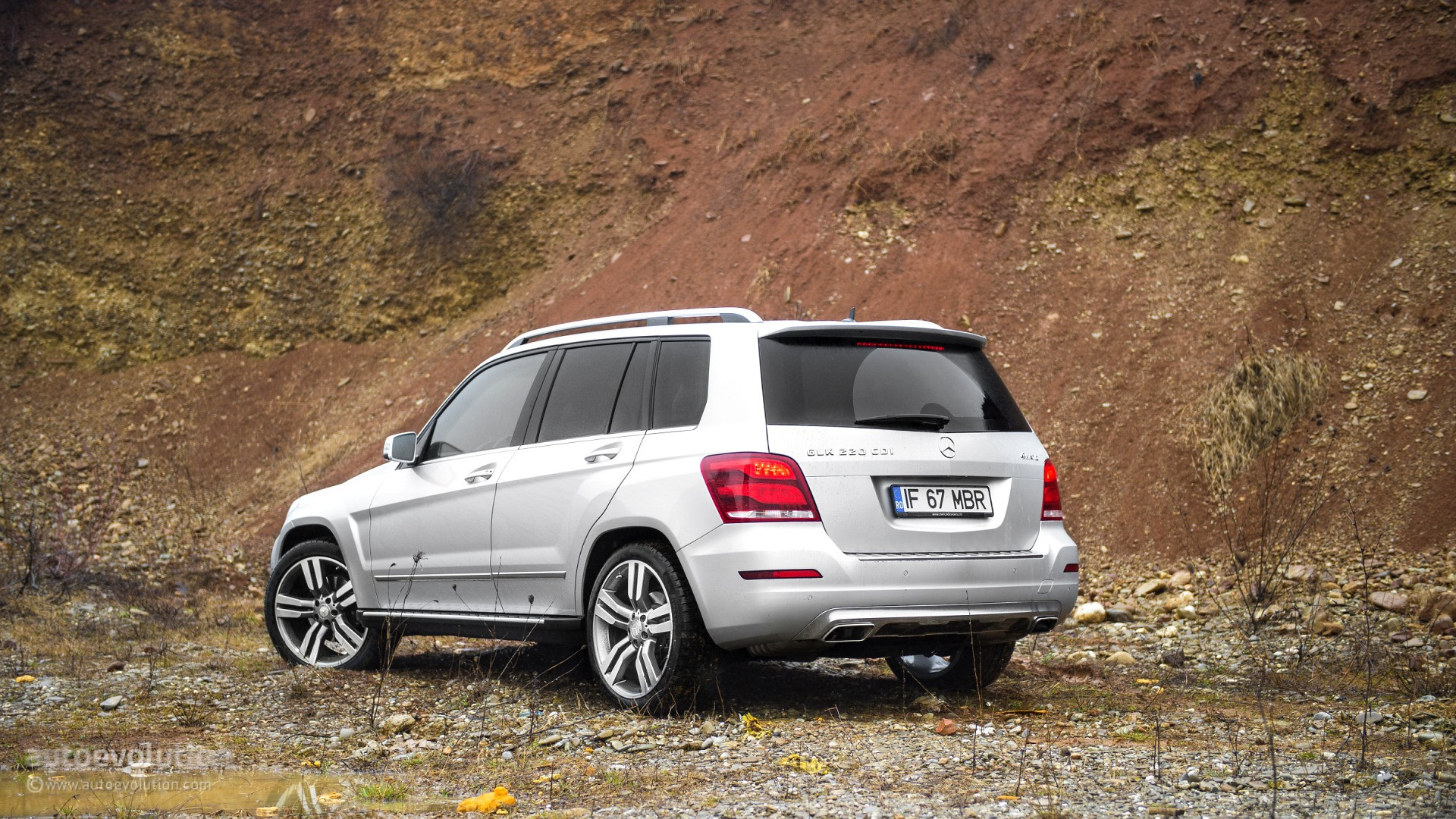 2015 mercedes benz glk class review autoevolution