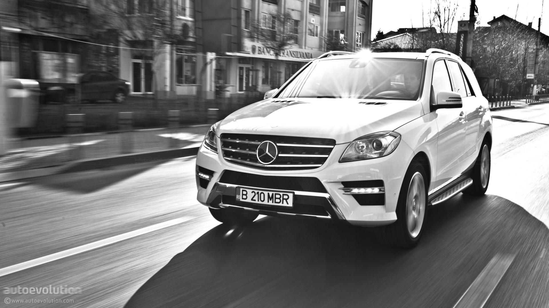 Mercedes benz ml350 review autoevolution for Auto mercedes benz