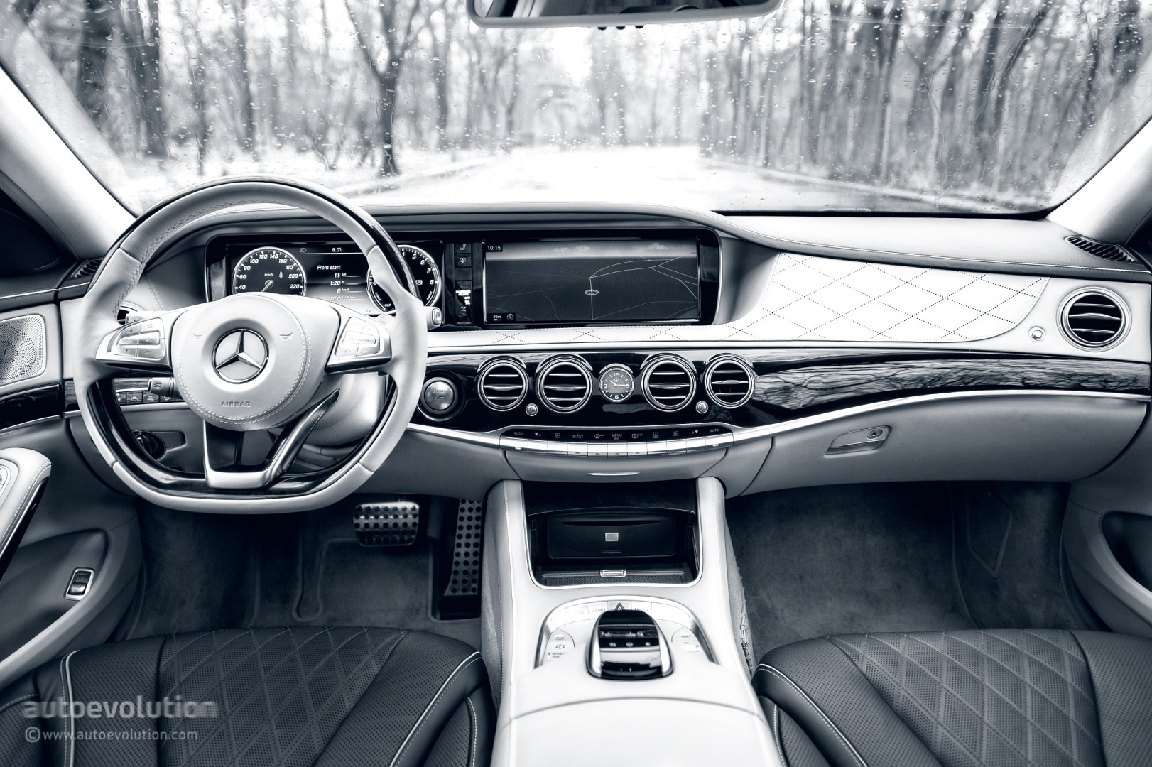 2015 MERCEDES-BENZ S500 Plug-In Hybrid Review - autoevolution
