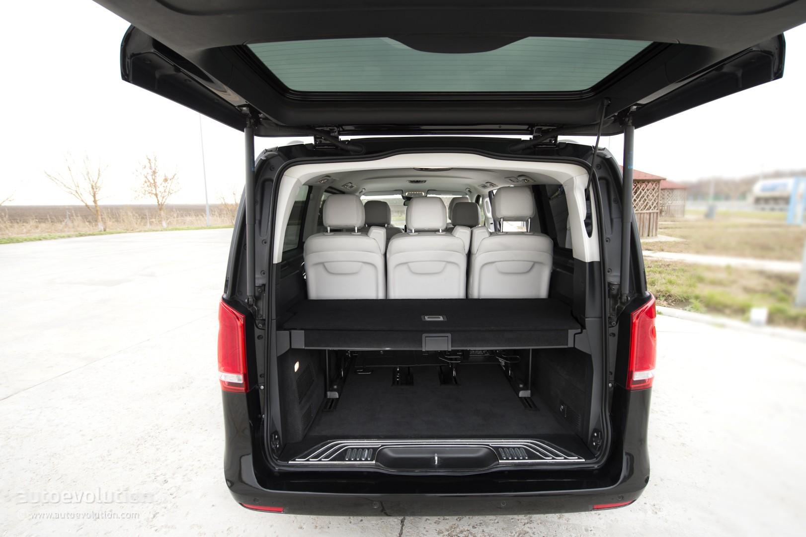 2015 mercedes benz v class review autoevolution. Black Bedroom Furniture Sets. Home Design Ideas