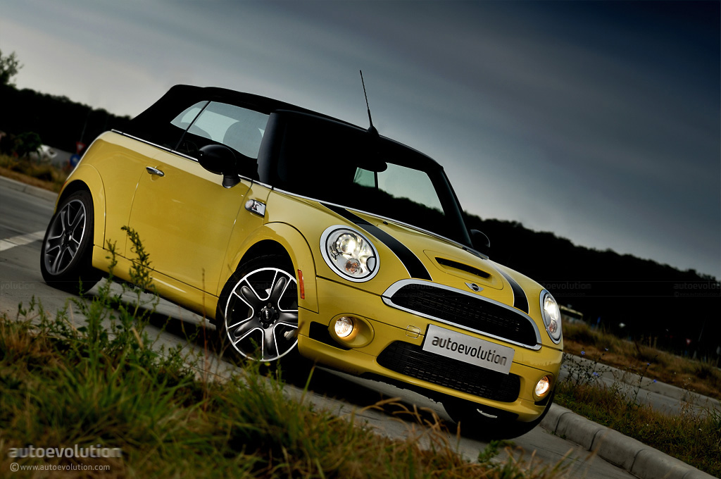 mini cooper s cabrio review autoevolution. Black Bedroom Furniture Sets. Home Design Ideas