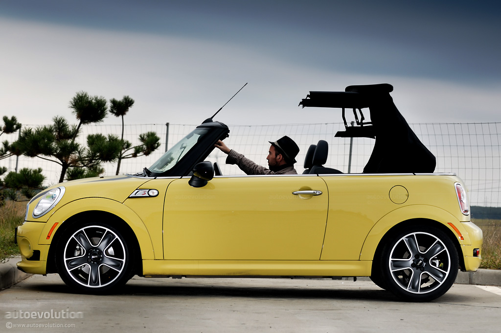 mini cooper s cabrio review page 2 autoevolution. Black Bedroom Furniture Sets. Home Design Ideas