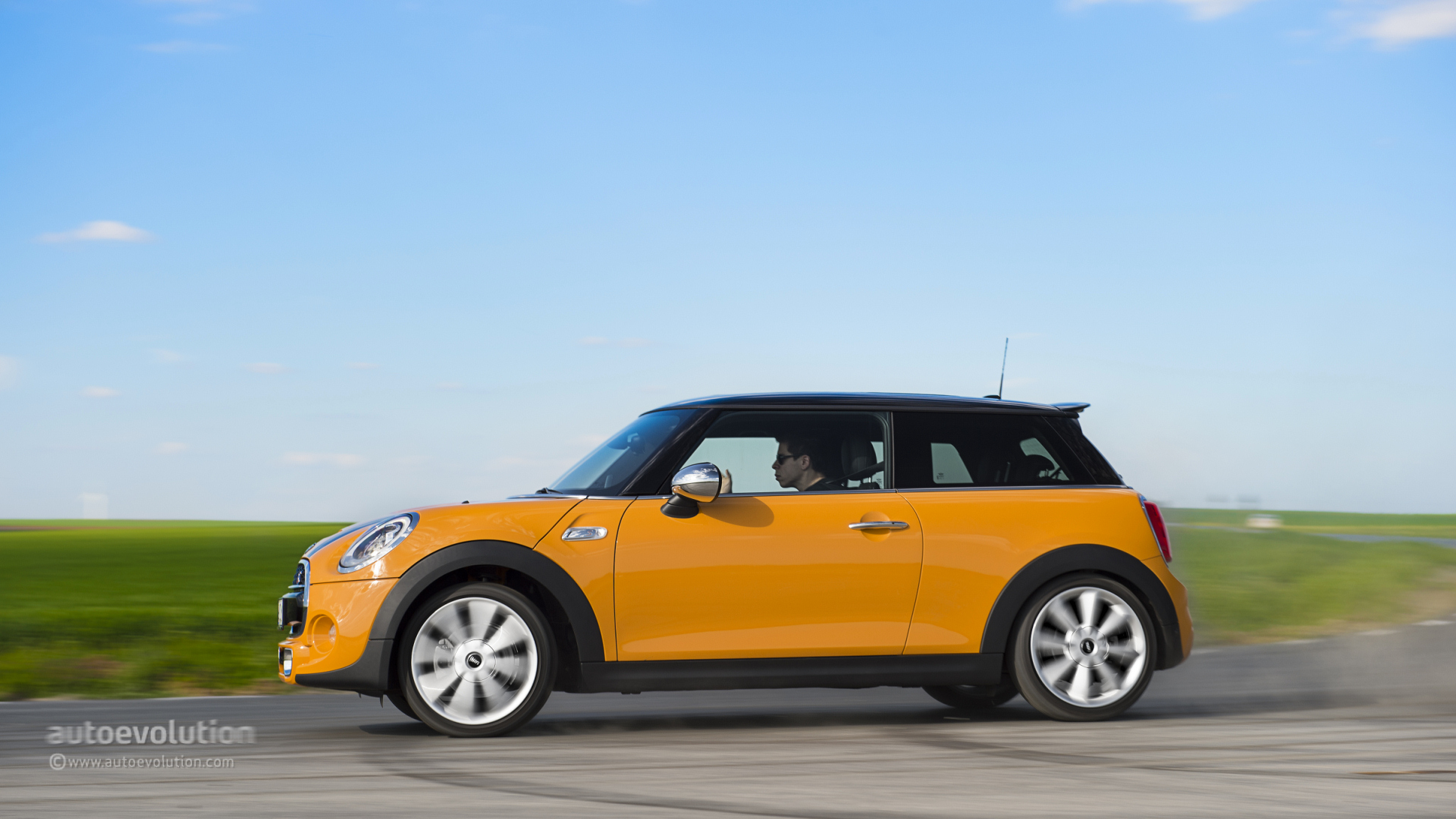 Cool 2014 MINI Cooper S Review  Autoevolution