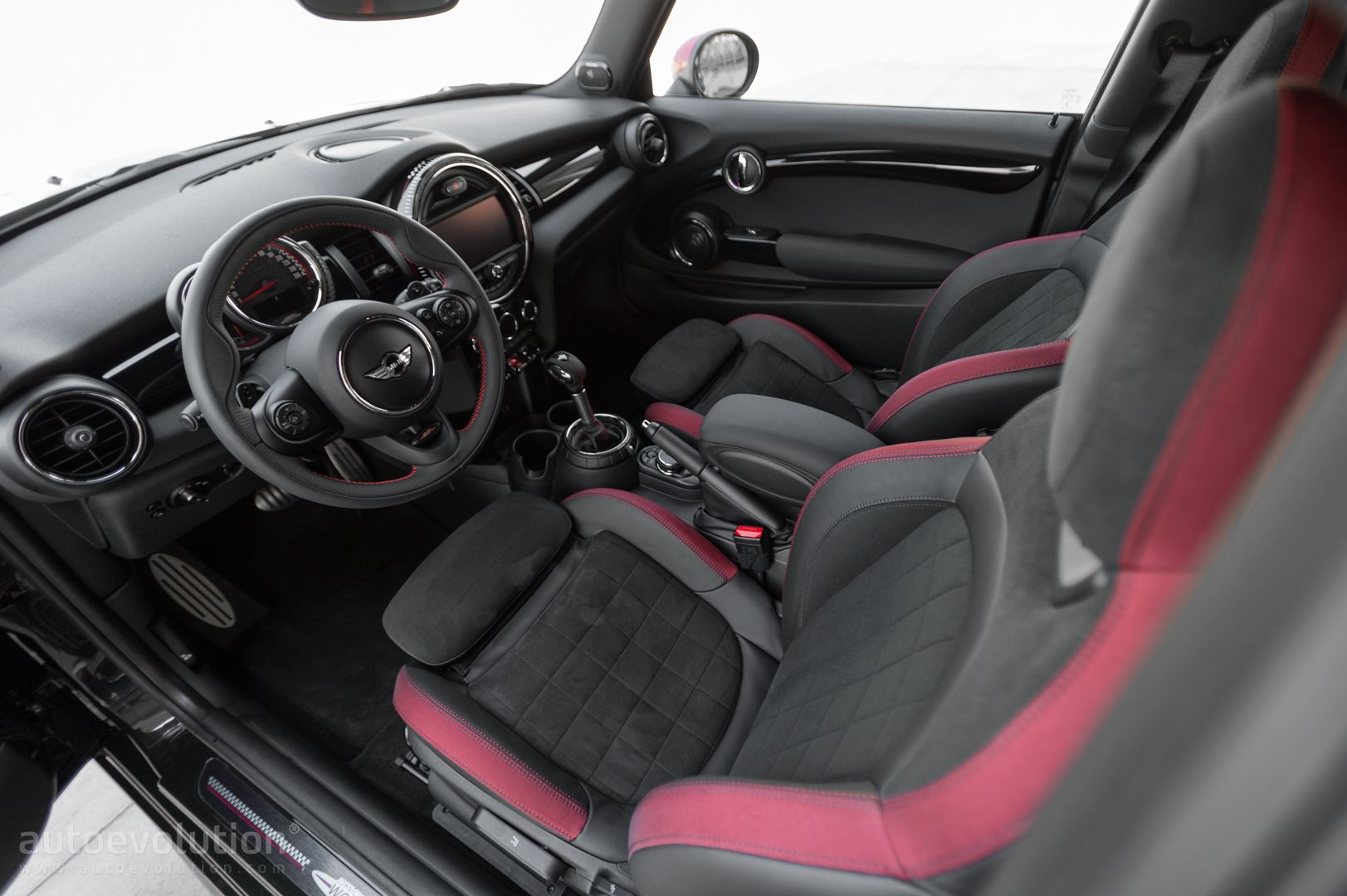 2016 Mini John Cooper Works Review Autoevolution