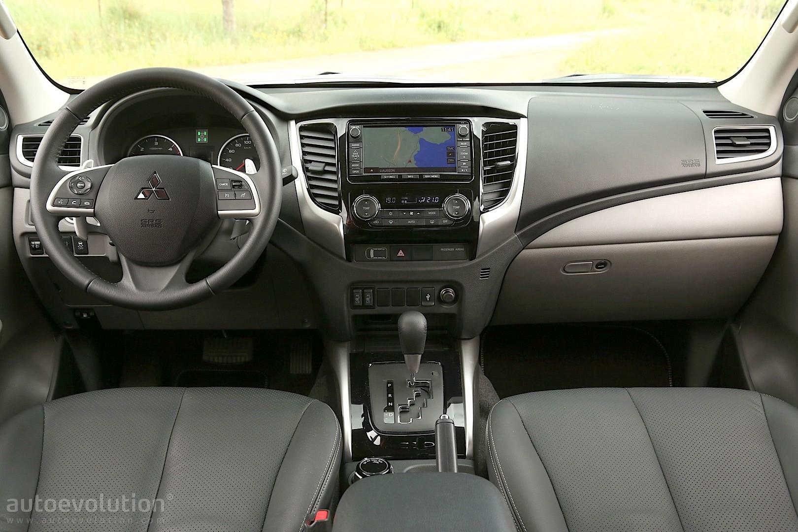 2015 mitsubishi l200 double cab review autoevolution2016 Mitsubishi L200 Interior #9