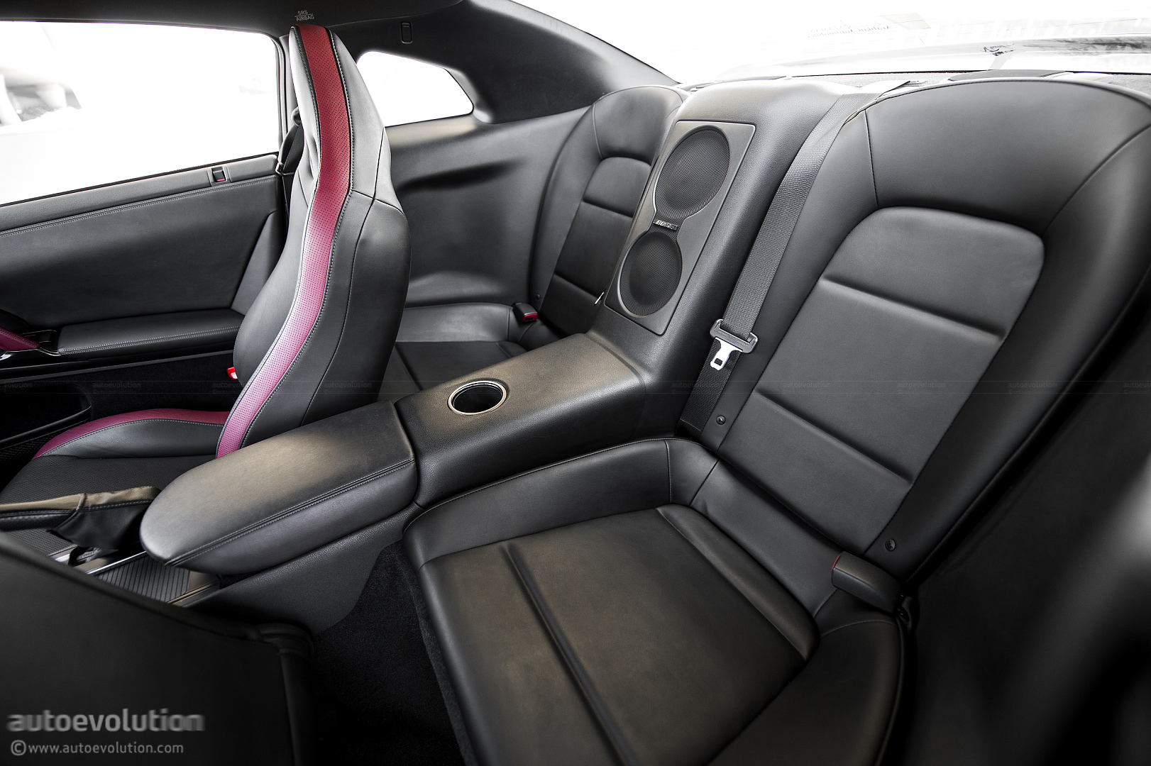 Nissan gt r review autoevolution vanachro Image collections