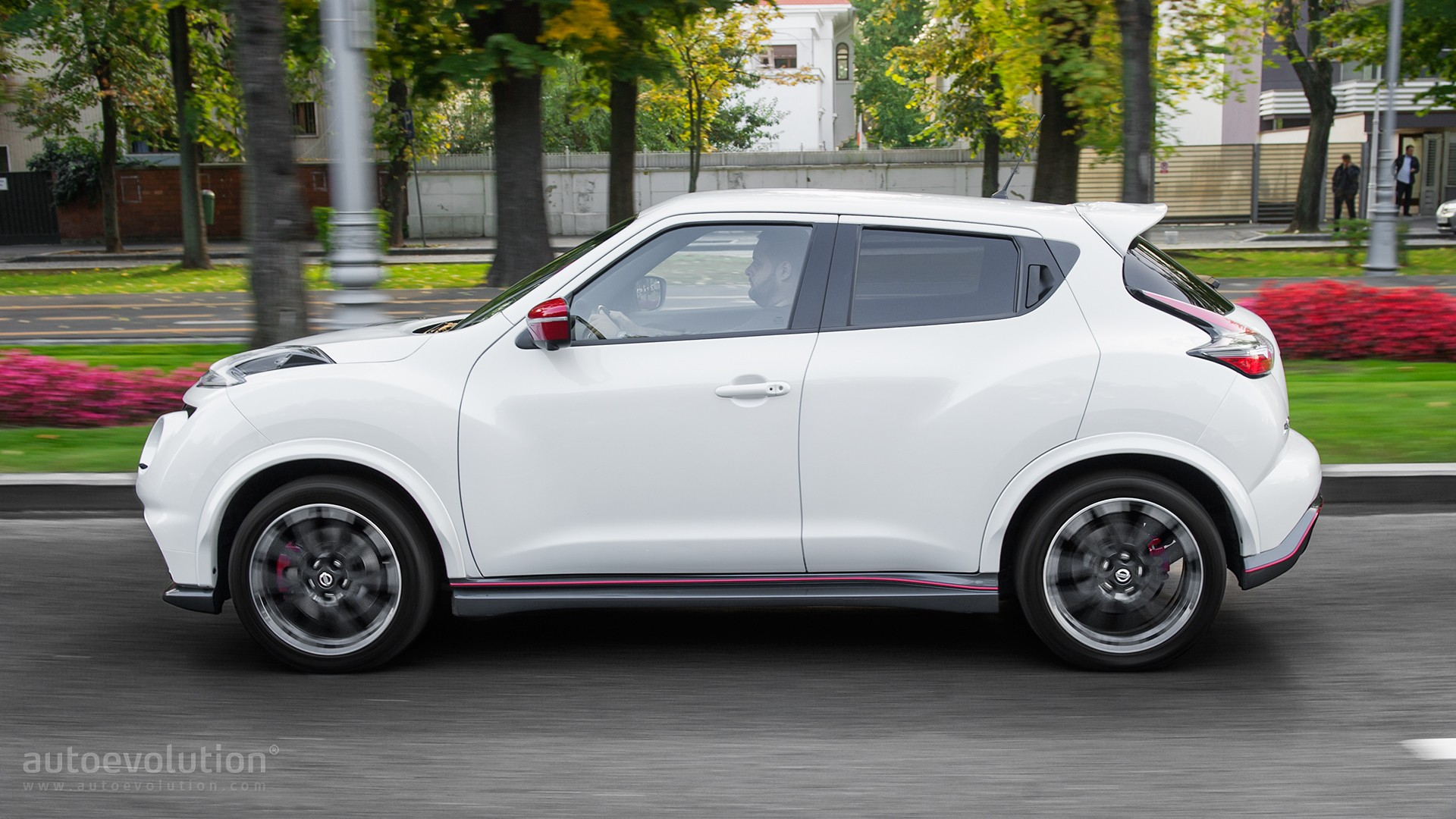 2016 Nissan Juke Nismo RS Review - autoevolution