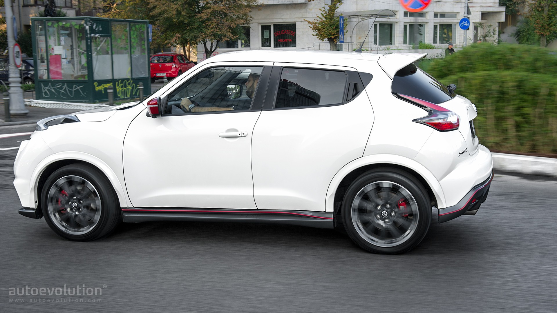 2016 nissan juke nismo rs review autoevolution. Black Bedroom Furniture Sets. Home Design Ideas