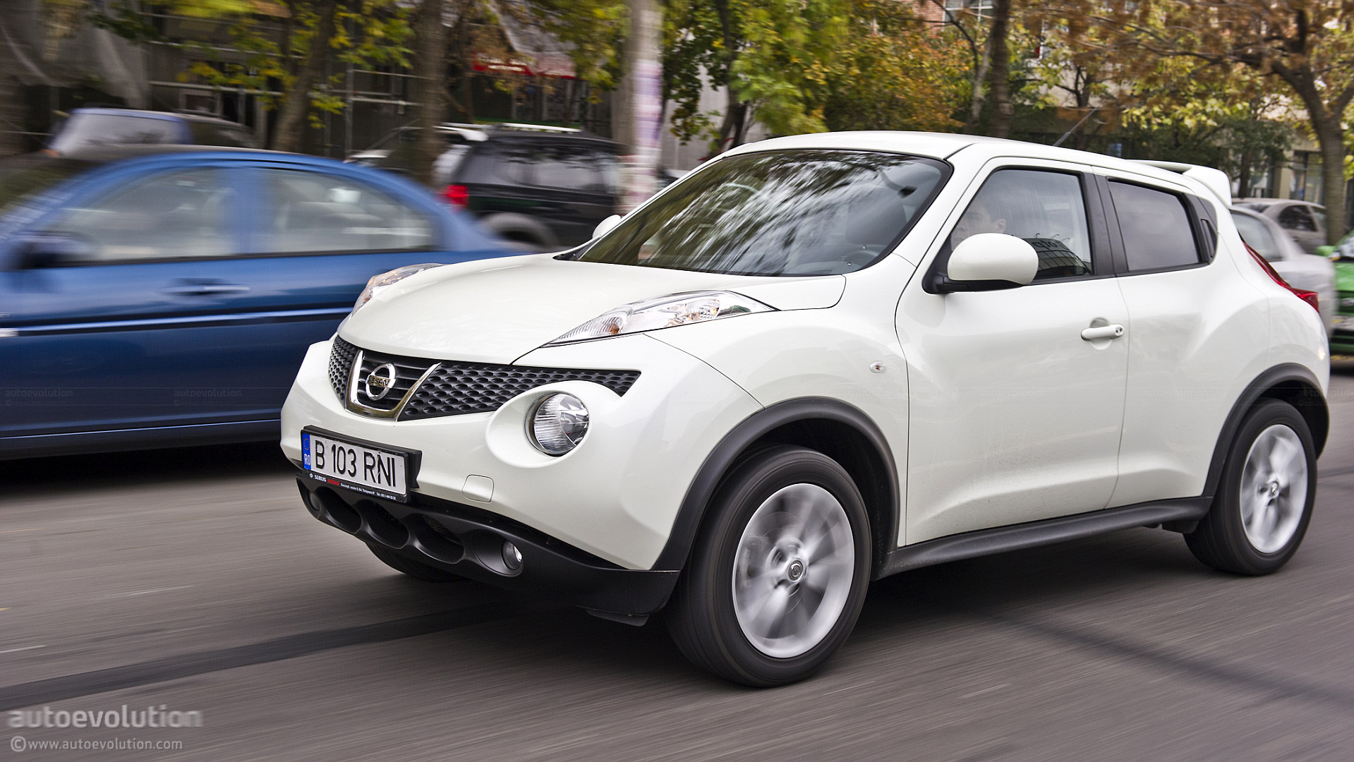 nissan juke review autoevolution. Black Bedroom Furniture Sets. Home Design Ideas