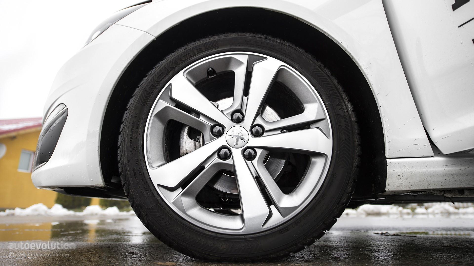 2015 Peugeot 308 Review Autoevolution