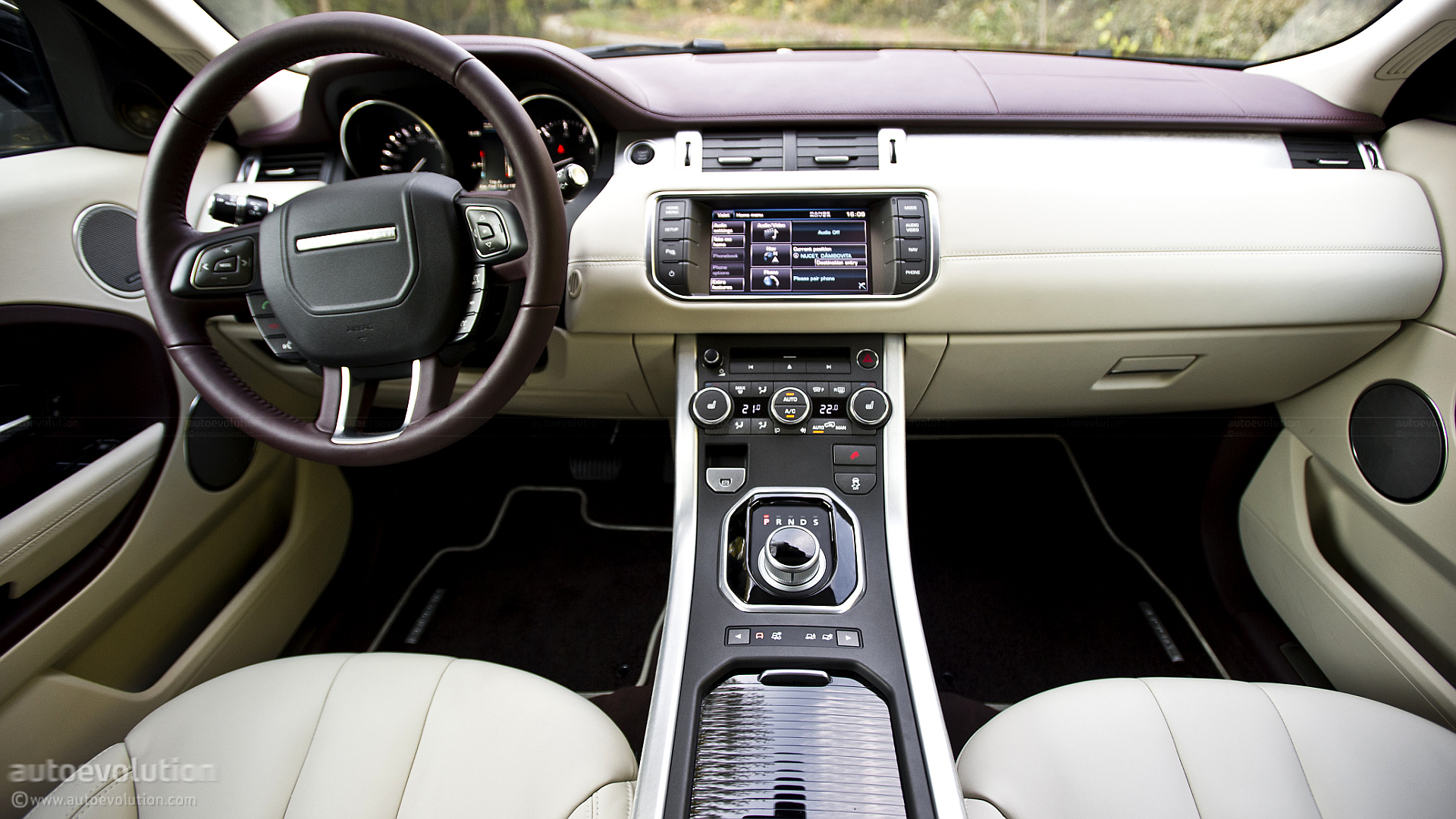100 evoque land rover interior land rover range. Black Bedroom Furniture Sets. Home Design Ideas