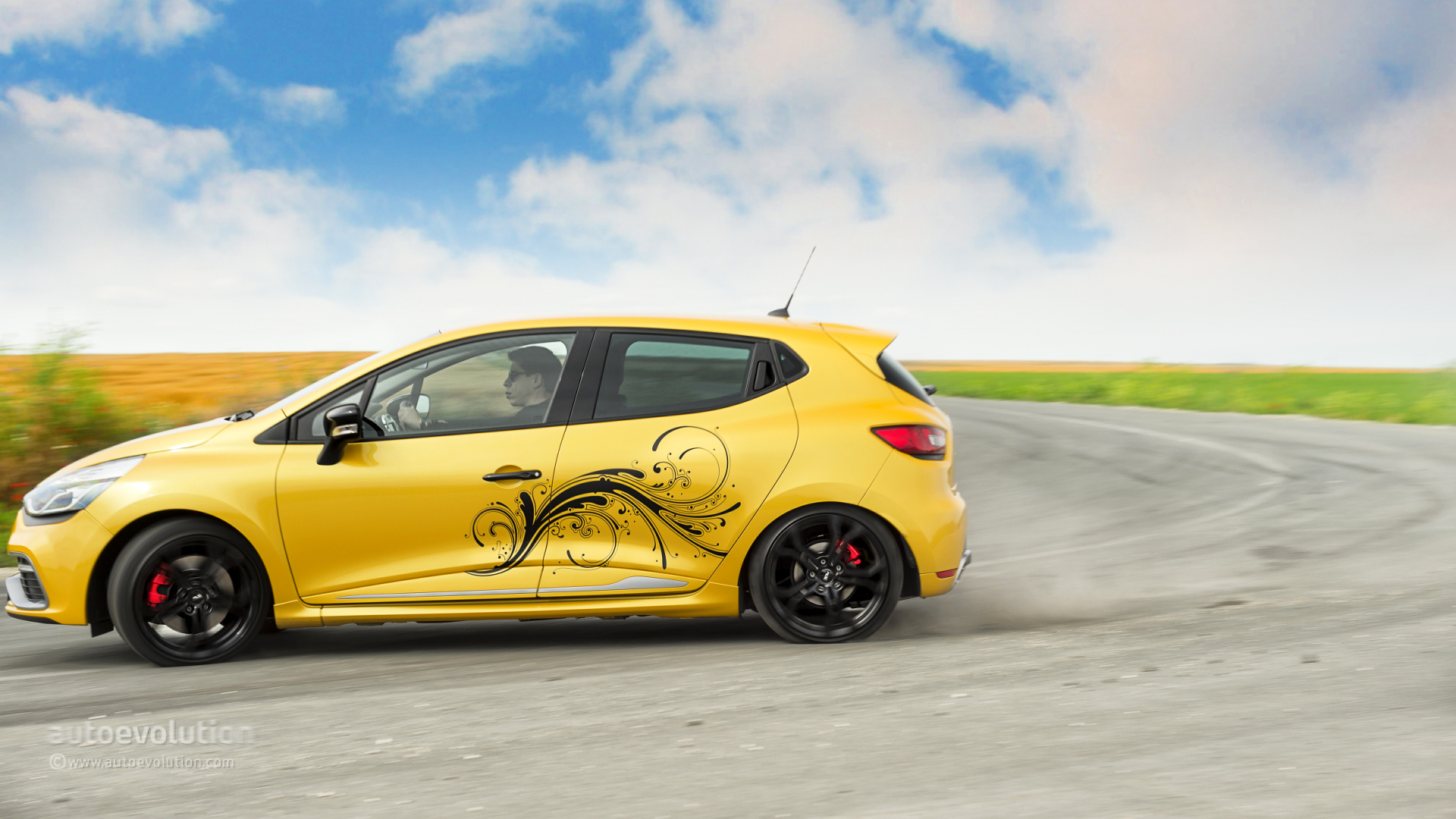 renault clio rs 200 review autoevolution. Black Bedroom Furniture Sets. Home Design Ideas