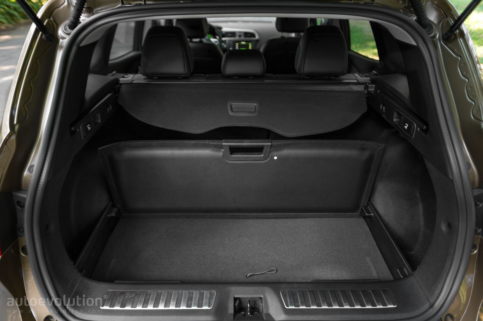 renault kadjar boot space