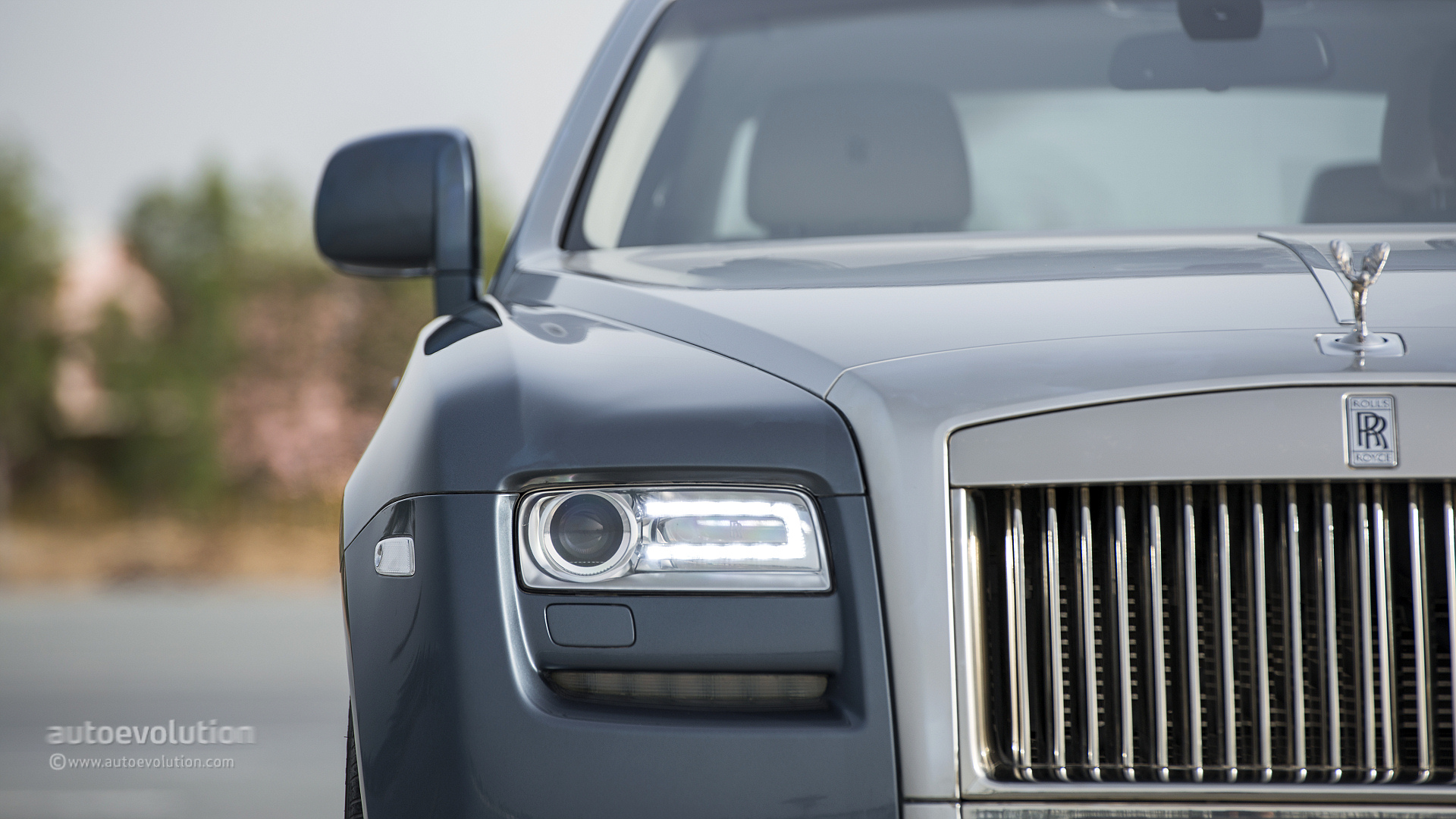 Rolls Royce Ghost Review Autoevolution