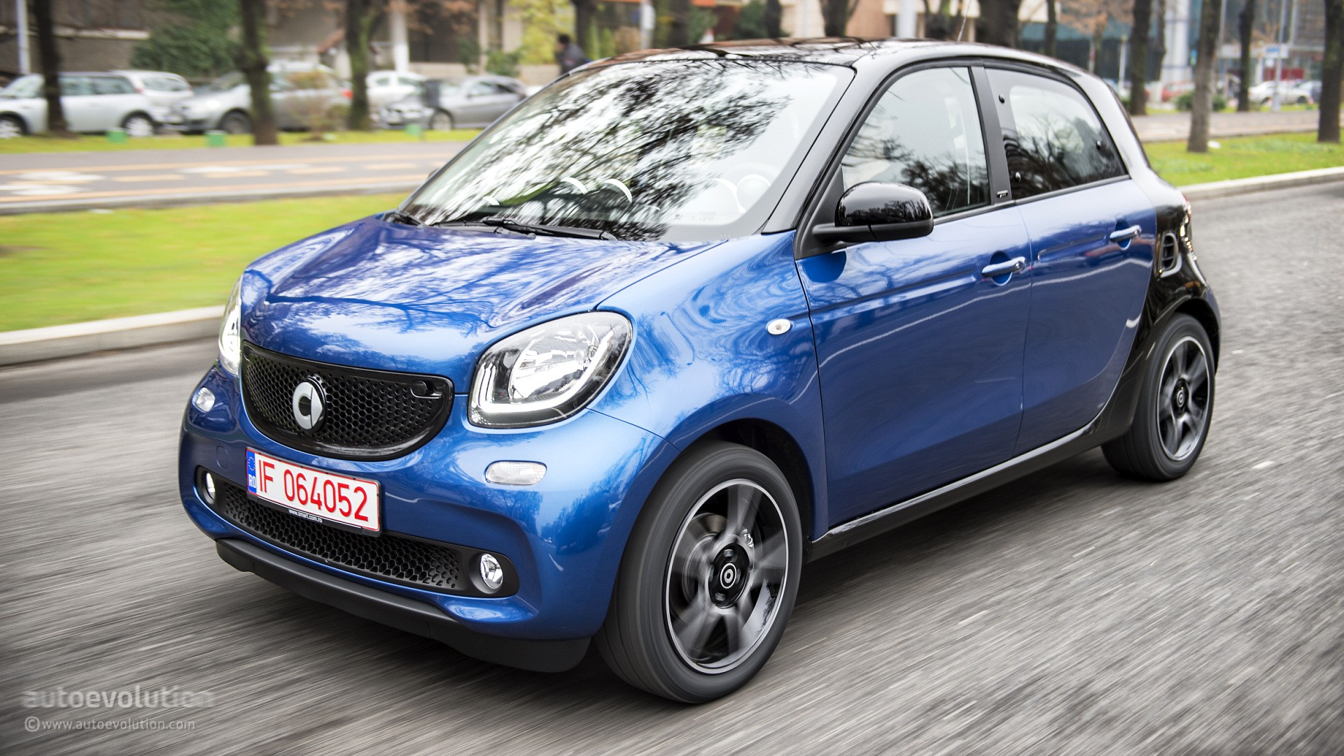 2015 smart forfour ready to dominate your desktop with hd