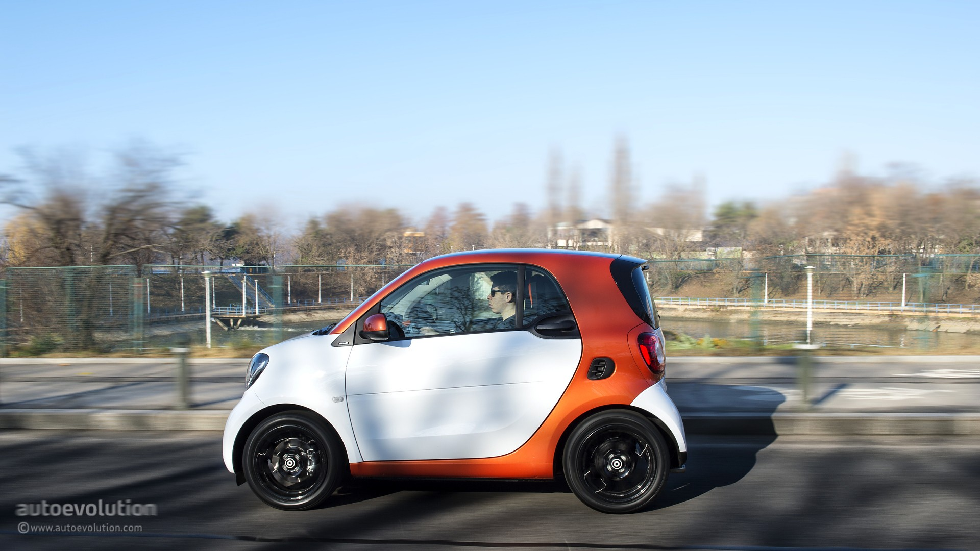 2015 Smart Fortwo Review  autoevolution