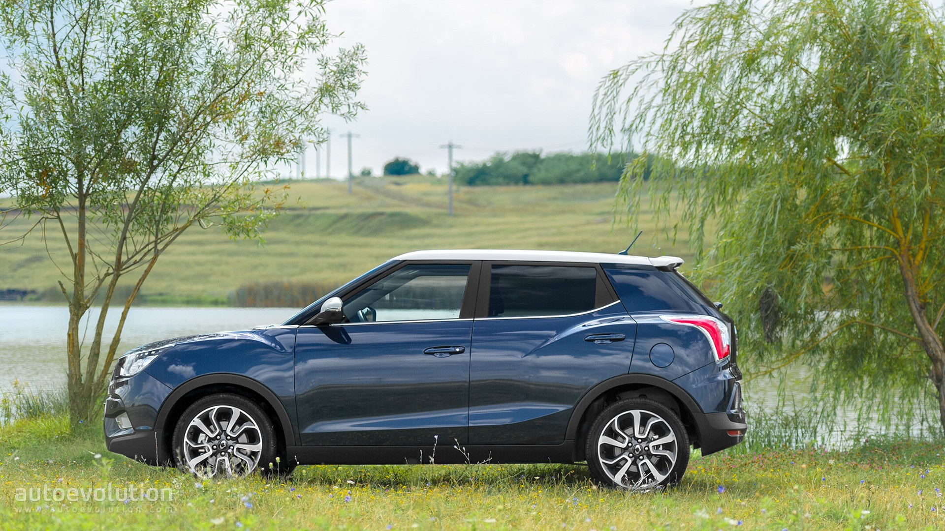 2015 Ssangyong Tivoli Review Autoevolution