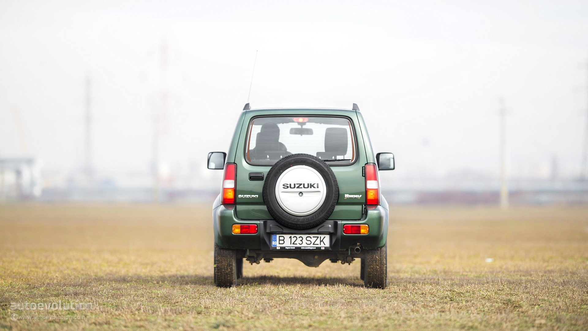 SUZUKI Jimny Review - autoevolution