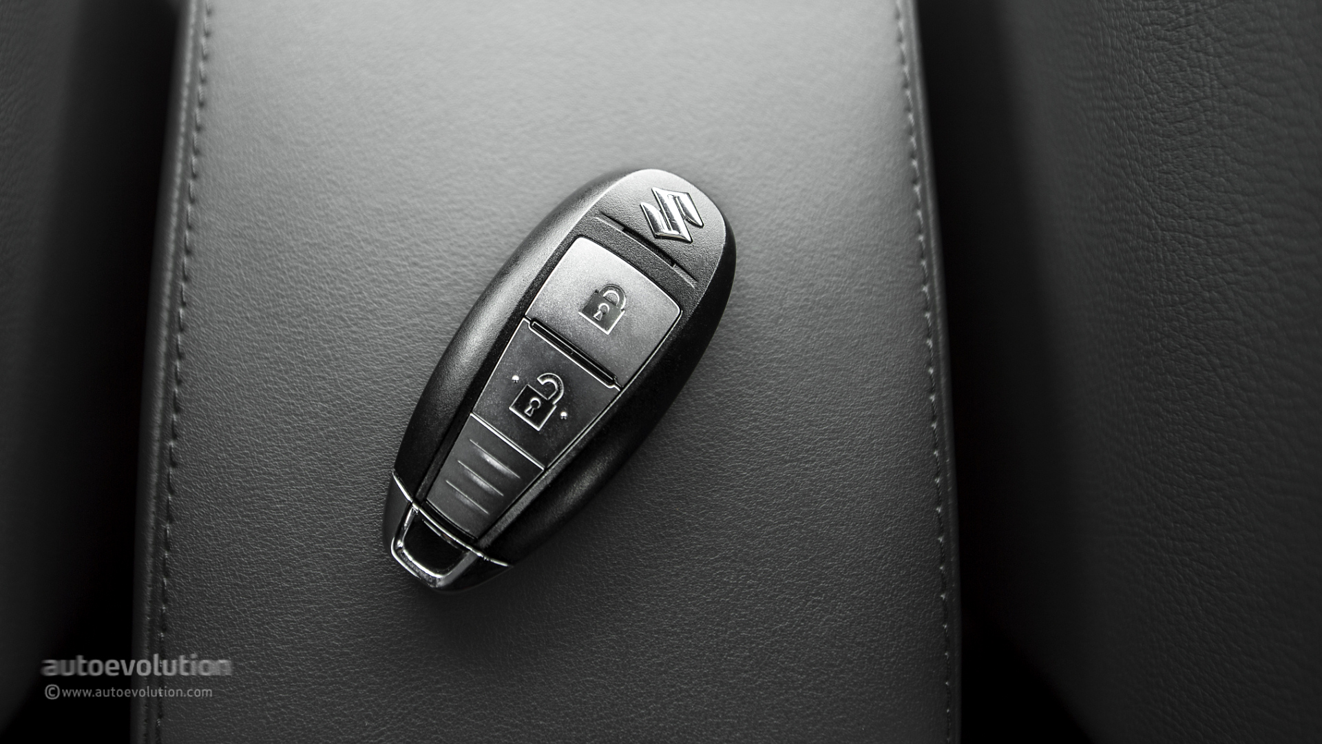 Suzuki SX4 S-Cross Review - autoevolution