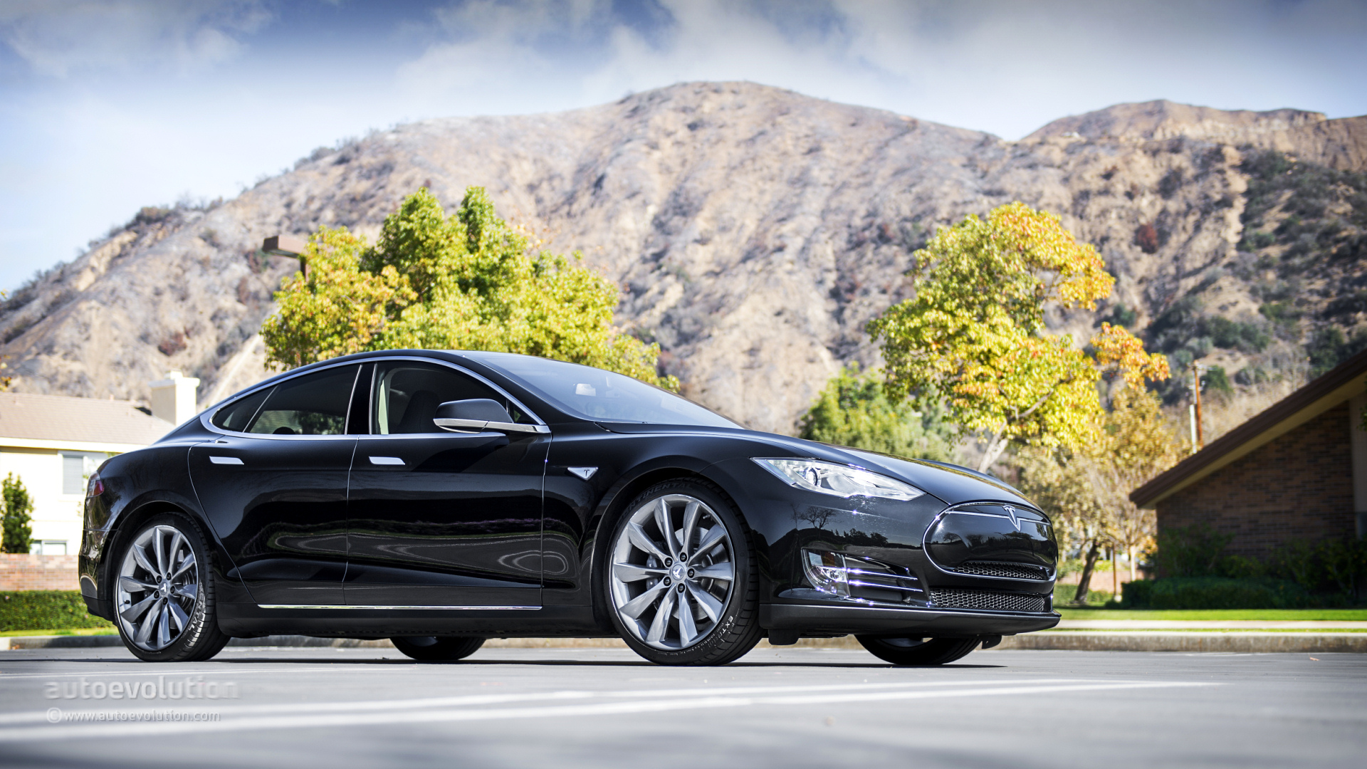 tesla model s review autoevolution. Black Bedroom Furniture Sets. Home Design Ideas
