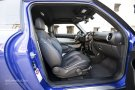 2013 MINI Paceman interior space up front