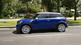 2013 MINI Paceman city driving