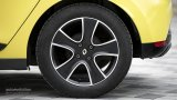 2013 RENAULT Clio rear wheel