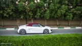 AUDI R8 V10 Spyder driving with top on
