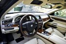 2011 BMW 740d xDrive Individual dashboard