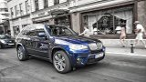 BMW X5 E70 city driving