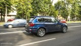 BMW X5 E70 M Pack city driving
